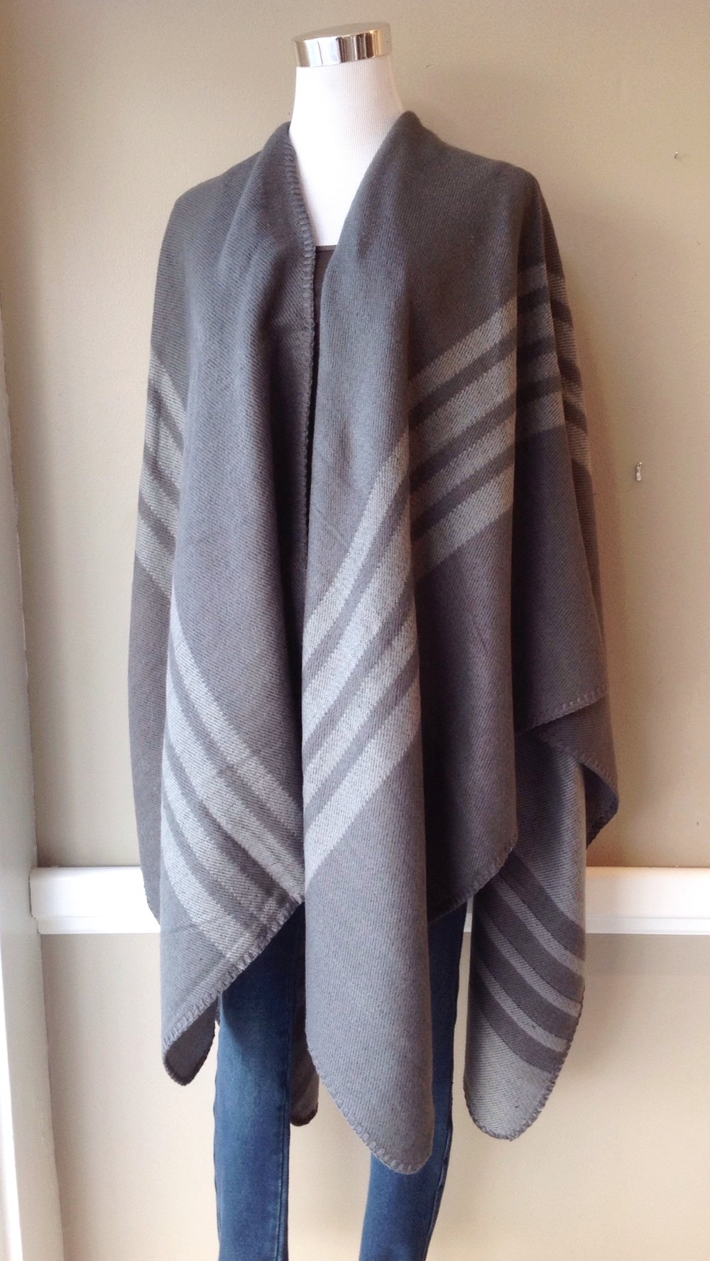 Reversible stripe poncho in grey