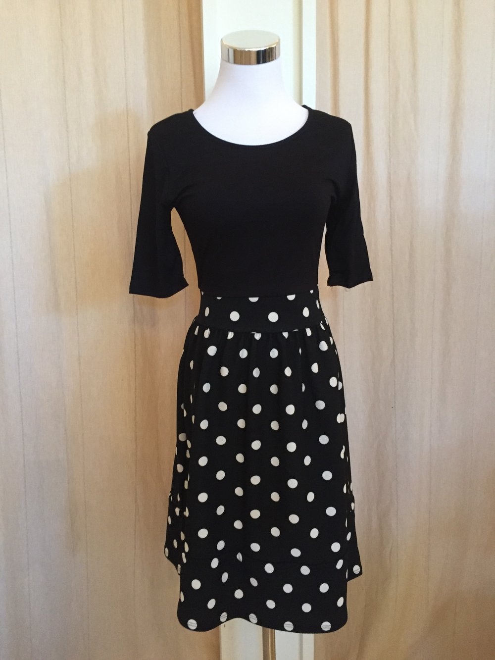 Gilli large dot dress $45
