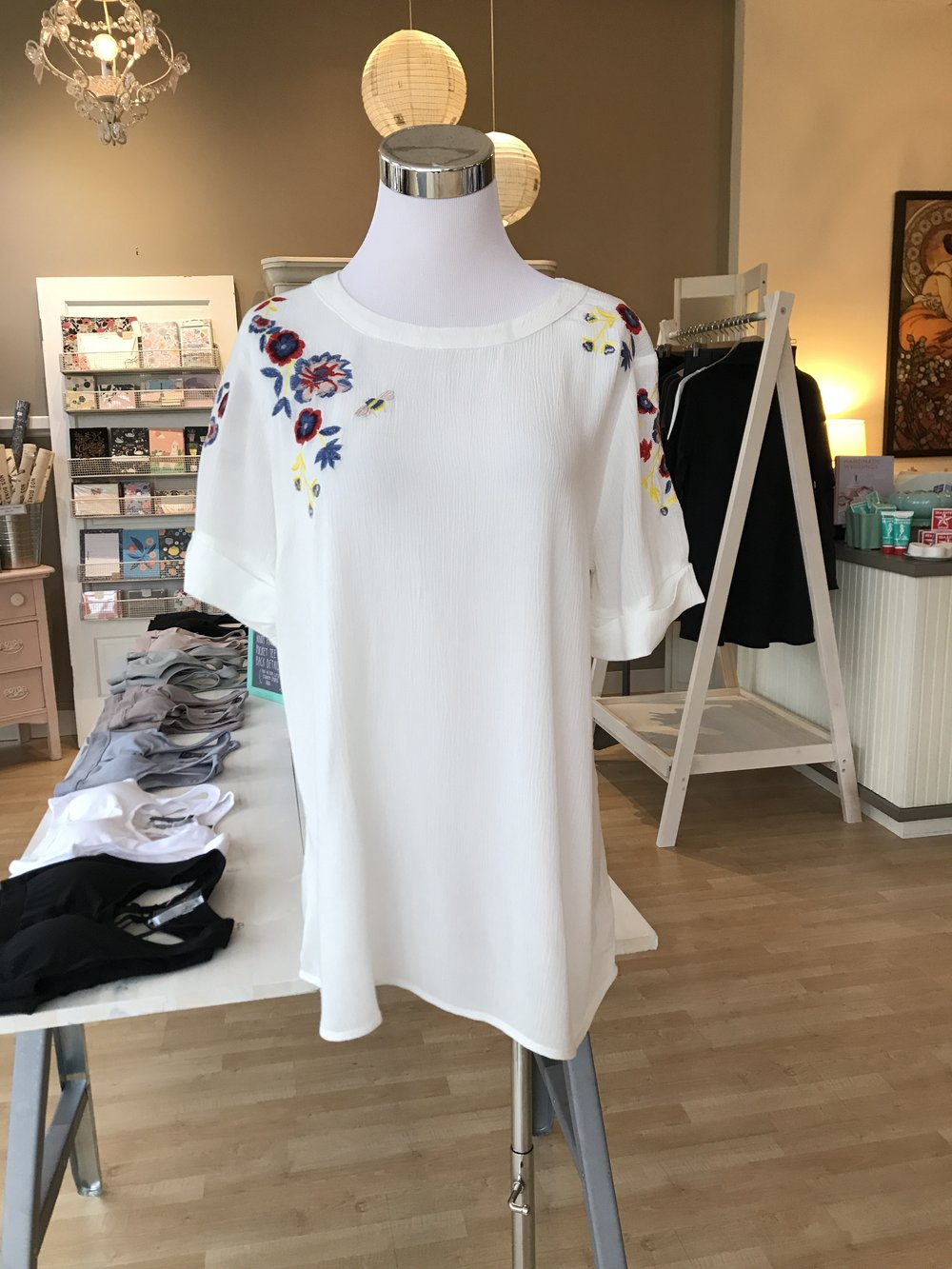 EMBROIDERED TOP WITH TIE BACK