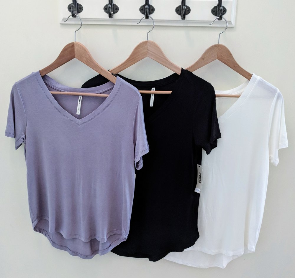V-neck Hi-Low hem Boyfriend Tee Heather Grey, Back and Ivory