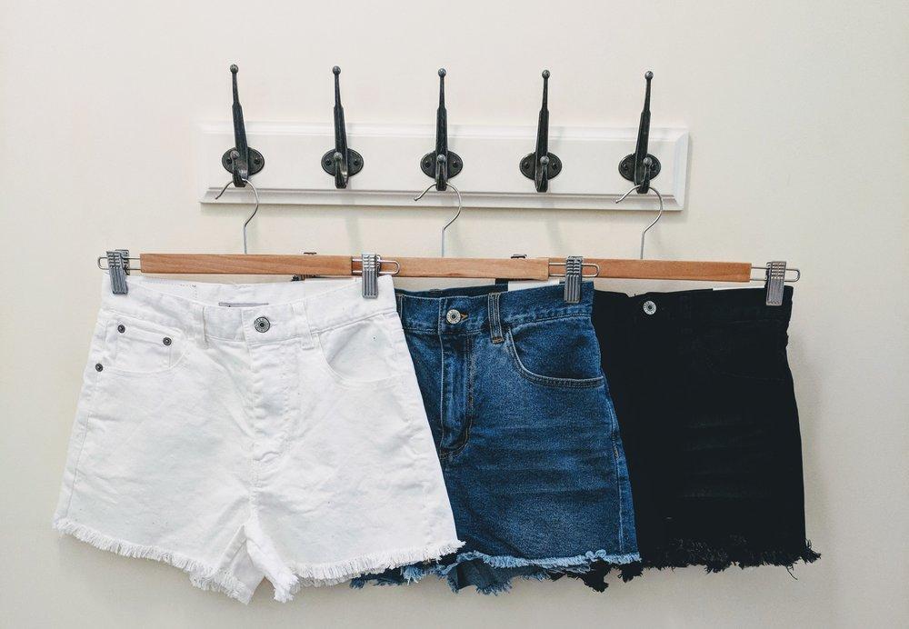 Denim raw edge shorts. White, Denim and Black.