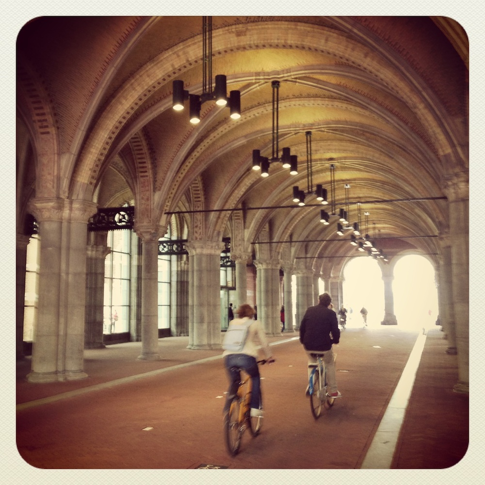 I was delighted to see that cycle path... which was a source of contention during the 10 year renovation of the Rijksmuseum. Locals were not keen on this short cut, which runs under/through the museum and is used daily by thousands of cyclists, being temporarily closed. The museum tried and failed to close it for good, thankfully - it's brilliant.