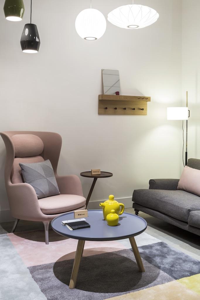 _V1C1622_Ro Chair.jpg