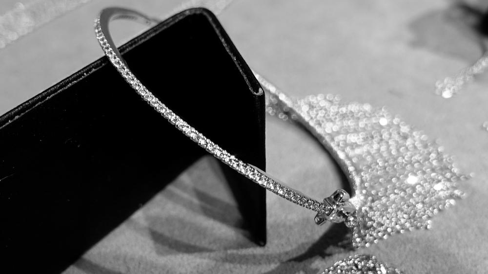 SIMON ALCANTARA DIAMOND AND WHITE GOLD HAND WOVEN FRINGE BANGLE.jpg