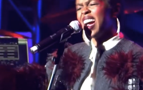 Lauryn Hill wearing Simon Alcantara 3.png