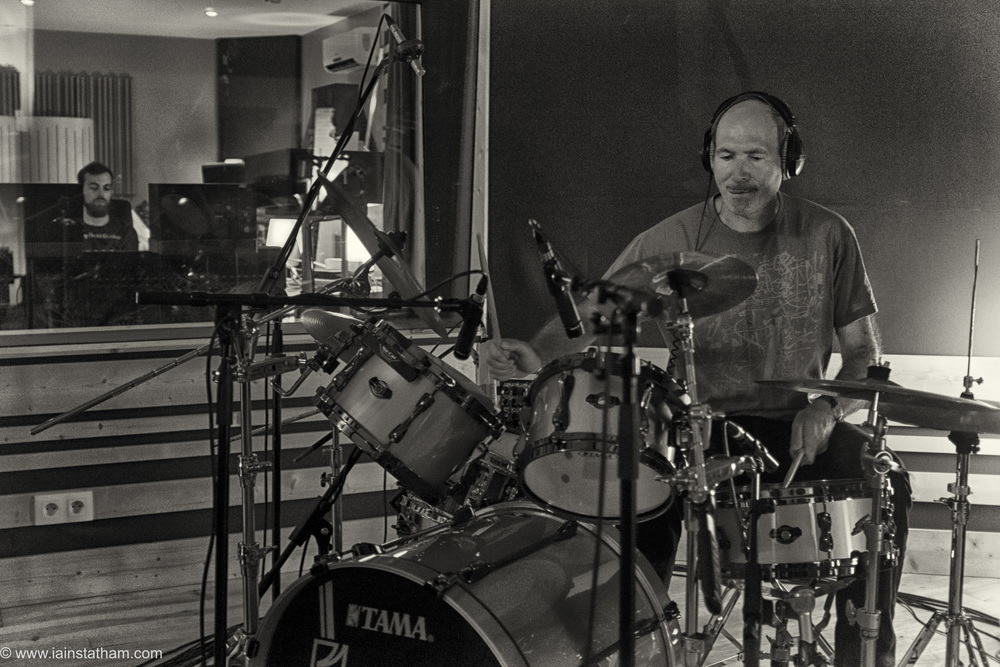 fr - music - mahognay - studio - bw - august 15-21.jpg
