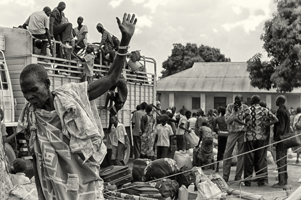 ug - south sudan refugees - dziapi - bw-5.jpg