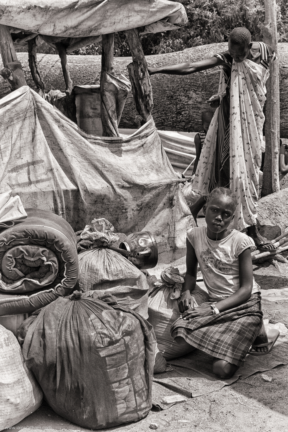 ug - south sudan refugees - dziapi - bw-7.jpg