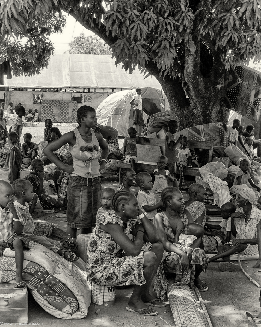 ug - south sudan refugees - dziapi - bw-8.jpg