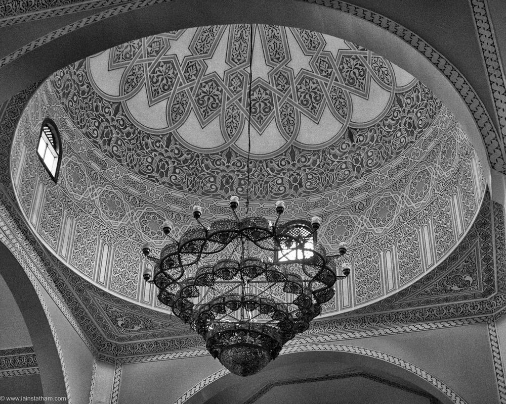 ug - kampala - gadaffi mosque - bw-2.jpg