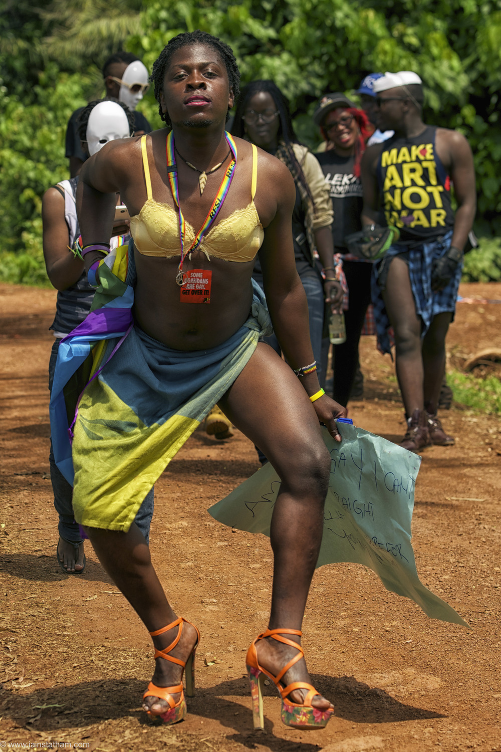 ug - entebbe - pride - colour-22.jpg