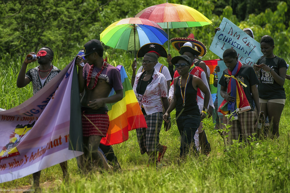 ug - entebbe - pride - colour-25.jpg