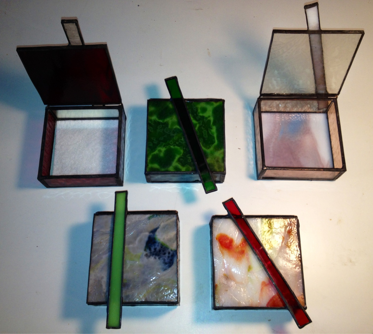 Thank you to all who came out to see my new work at shows the last two weekends. Your support is appreciated. My newest line of boxes is all about form and function as I'm using a glass bar as both the handle and the rest for the top. These will soon be up on etsy but order yours today. Starting at 40 dollars they make a perfect gift!