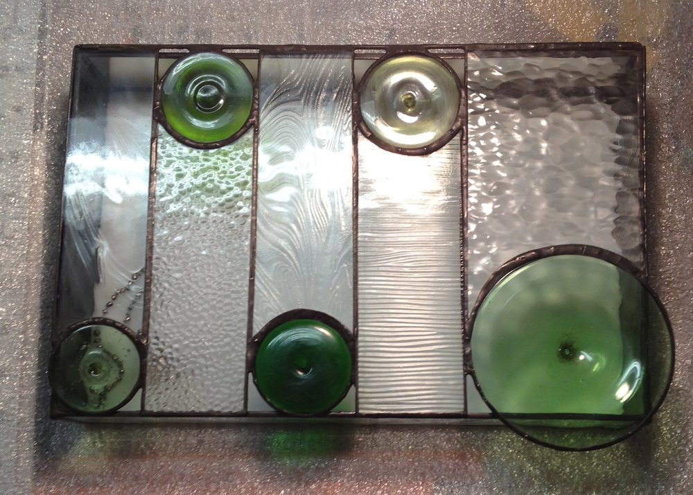 8 x 12 x 2, green with 5 blown roundels