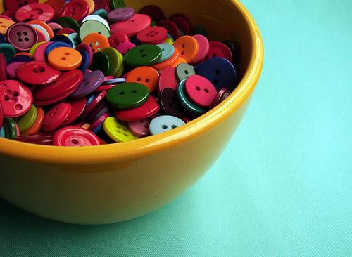 photoholic: buttonlust: breakfast of crafters (via Sofia Katariina)