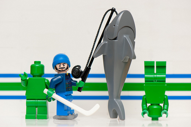 (via LEGO Johnny Canuck Tames the Great Shark | Vancity Buzz | Vancouver Blog)