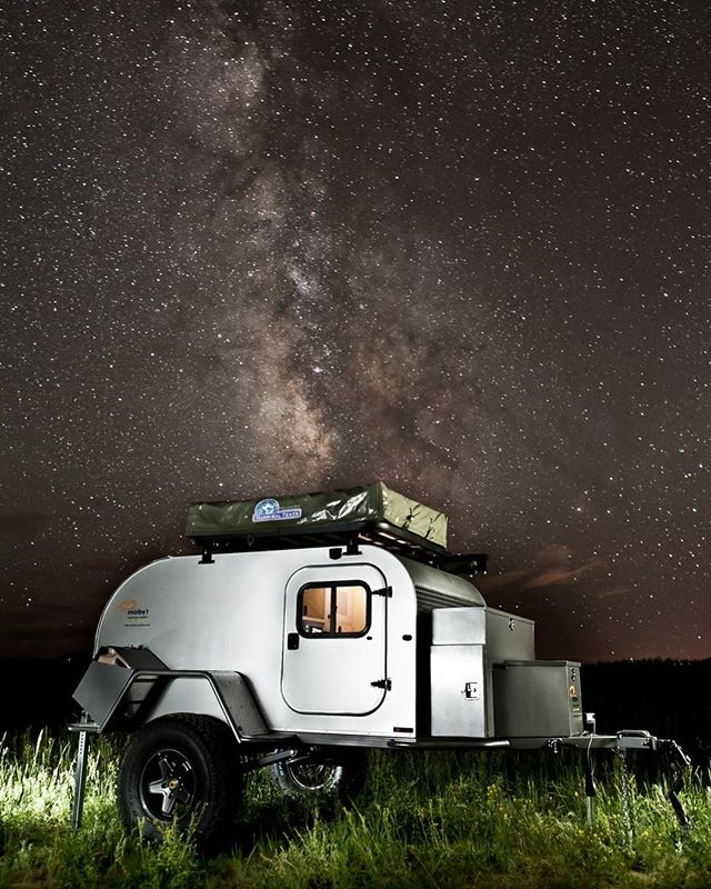 Here's one of our favorite photos from several years ago. We have a limited number of short lead time builds available! Contact us for more information to get your order placed today. ————————————————— #moby1 #adventurelifestyle #jeepcamping #jeepwrangler #jeep #utahphotographer #camping #campingtrailer #overland #overlandkitchen