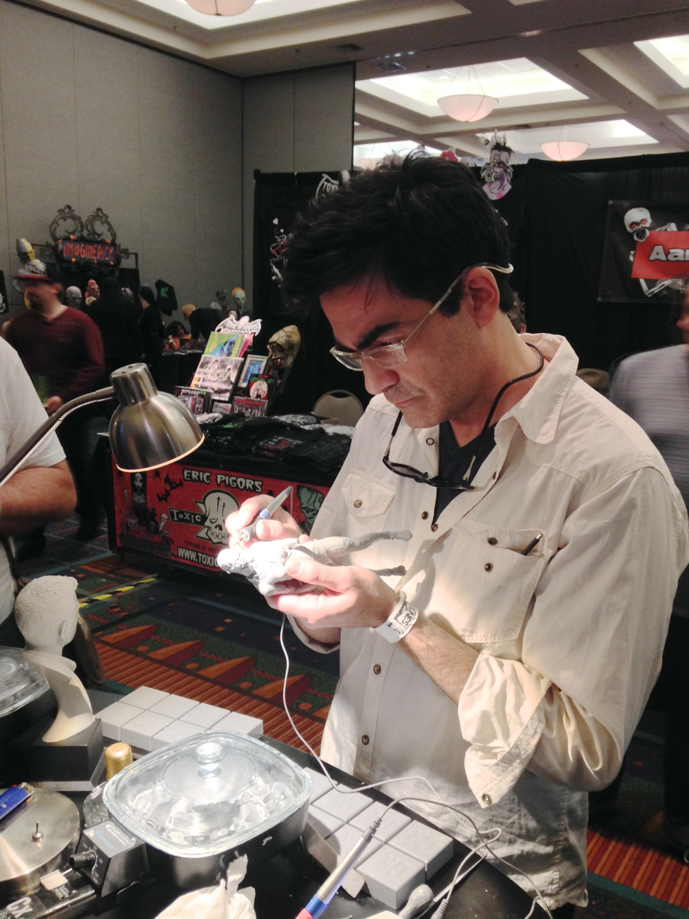 Rod Maxwell from FaceOff Season 3 - possibly one of the nicest people ever - sculpts details on a zombie.