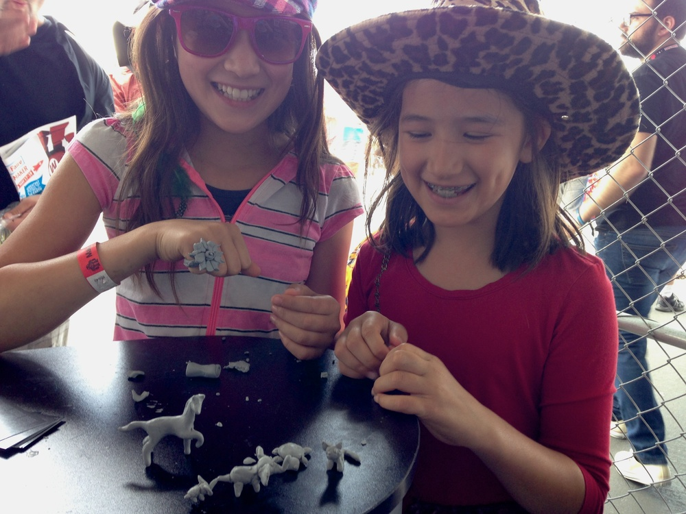 Sophie and Estelle sculpted fantastic rings and animals, they were our most prolific sculptors all weekend!