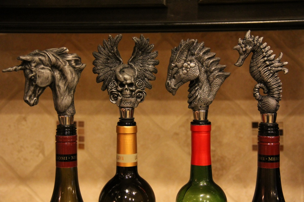 Gerald Gore - Wine stopper collection