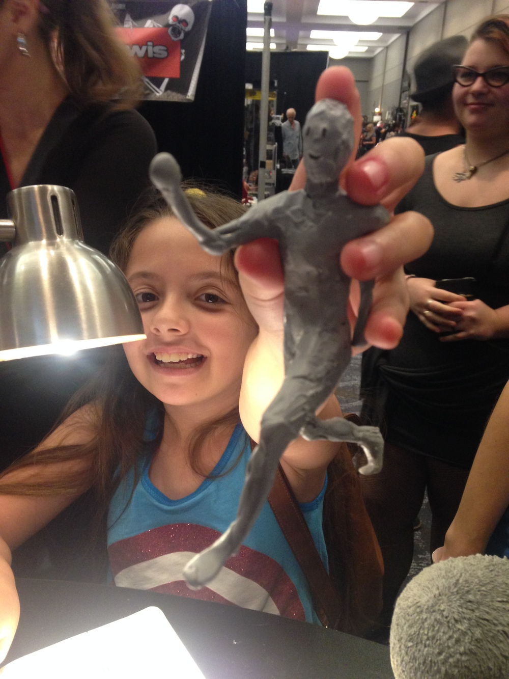Bella modifying a demo sculpt