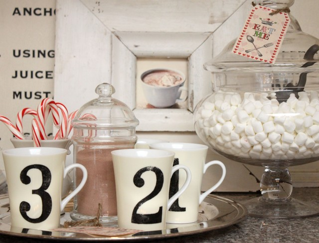 Love this Hot Chocolate Bar on the buffet. Great idea from mysweetsavannah.blogspot.com.