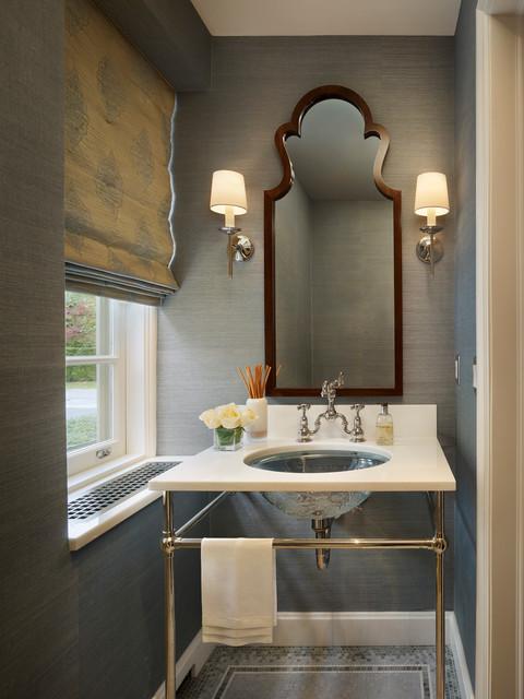The sleek grass cloth wallcovering creates a crisp modern expression. Via Spencer- Abbott, Inc.