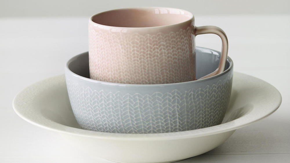 Mug and pasta bowl from Iittala