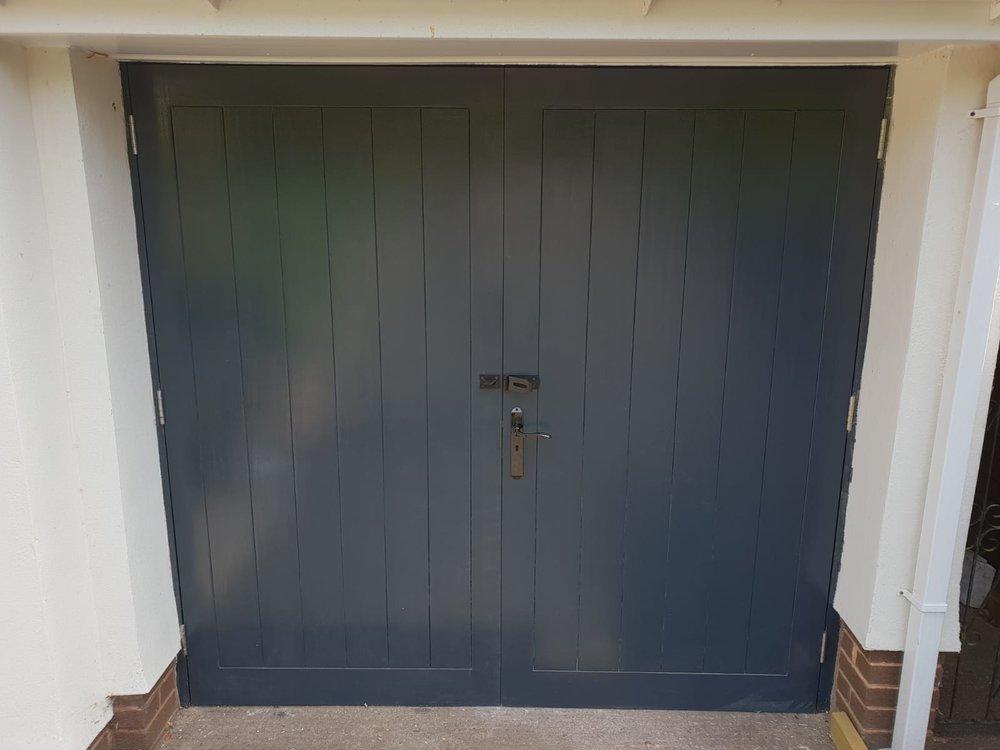 Neville Hawkin garage door.JPG