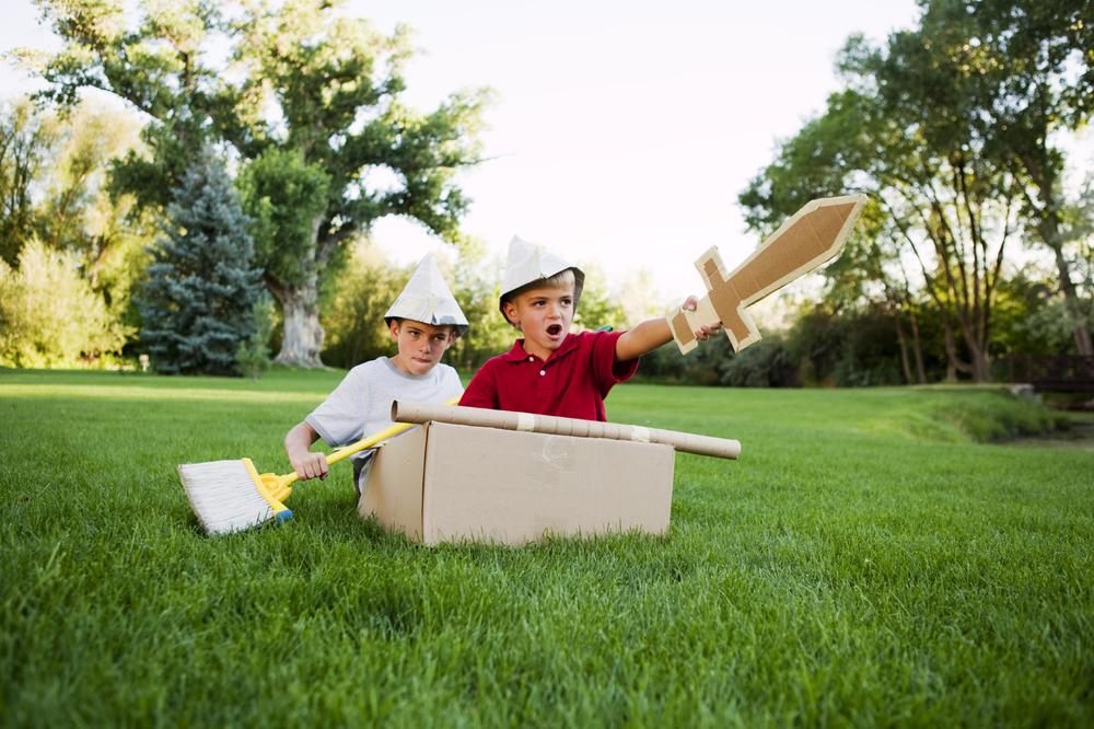Kids playing on the Lawn (big).jpg