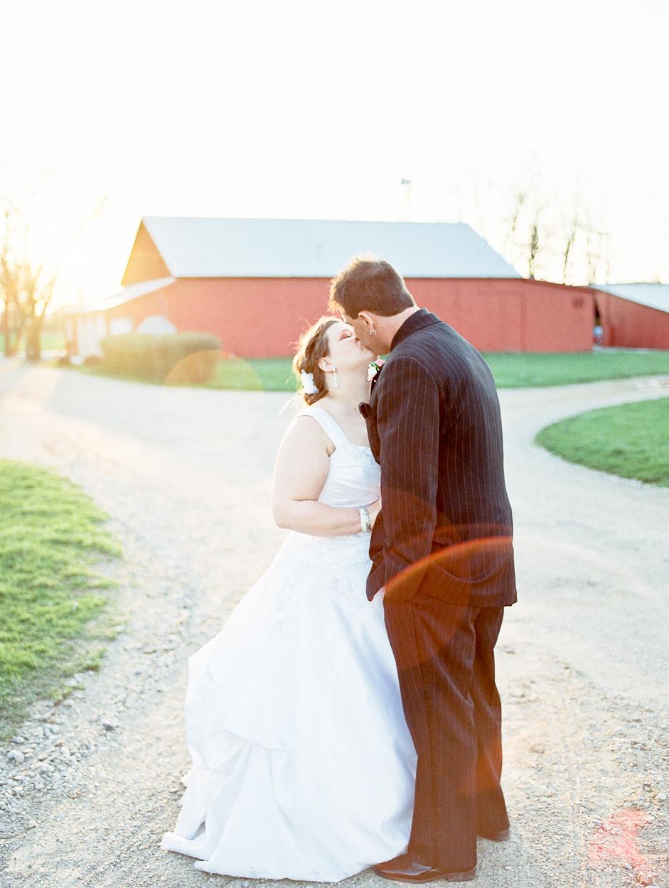 Wedding Photography by Naomi & Sam Karth, Fort Wayne IN Wedding Photographers www.thekarths.com