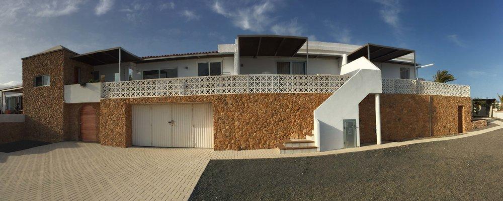 Hausfront.jpg