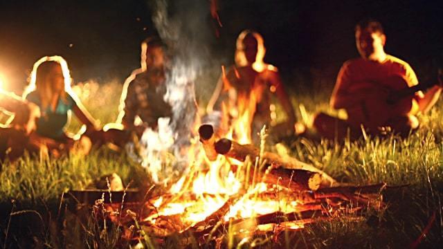 1-campfire-singing.jpg