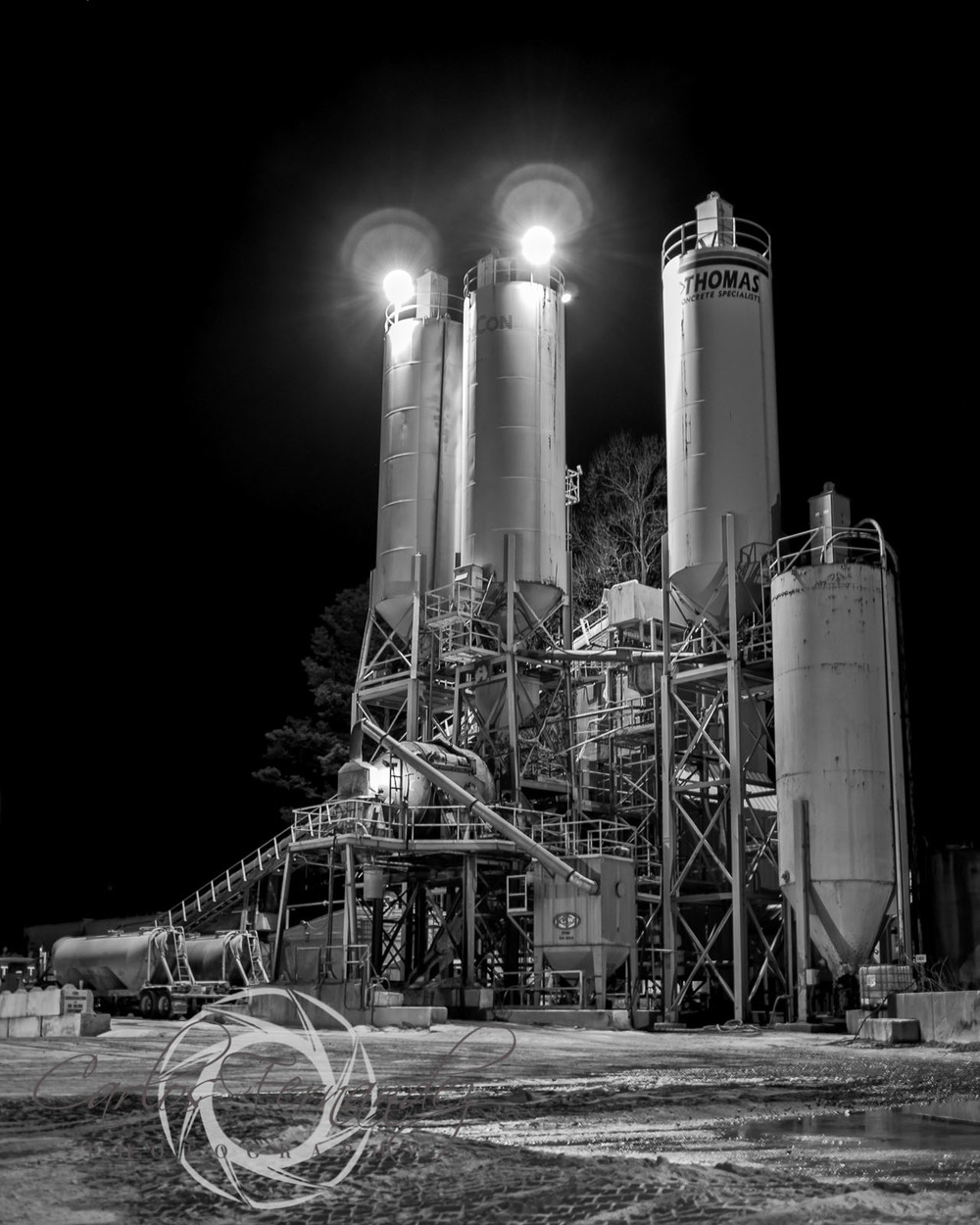 B&W Leica X2, Raleigh Concrete Company at Night