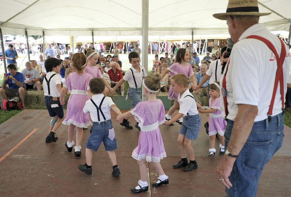 070118 Miller Family Hoedown at Folk Fest a627.JPG