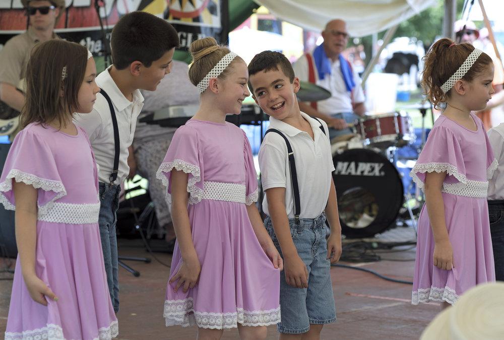 070118 Miller Family Hoedown at Folk Fest a685.JPG
