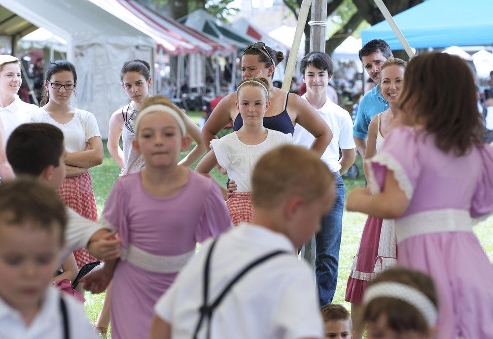 070118 Miller Family Hoedown at Folk Fest a1229.JPG