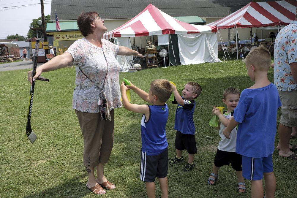 070118 Miller Family Hoedown at Folk Fest a1449.JPG