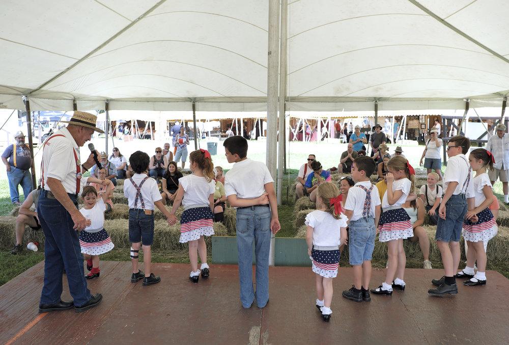 070218 Miller Family Hoedown at Folk Fest a621.JPG