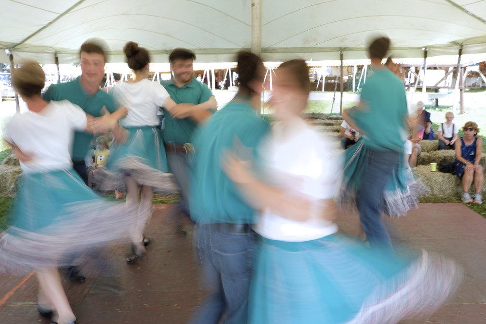 070218 Miller Family Hoedown at Folk Fest a1622.JPG