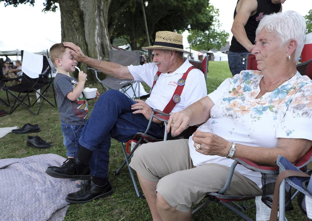 070518 Miller Family Hoedown at Folk Fest a269.JPG