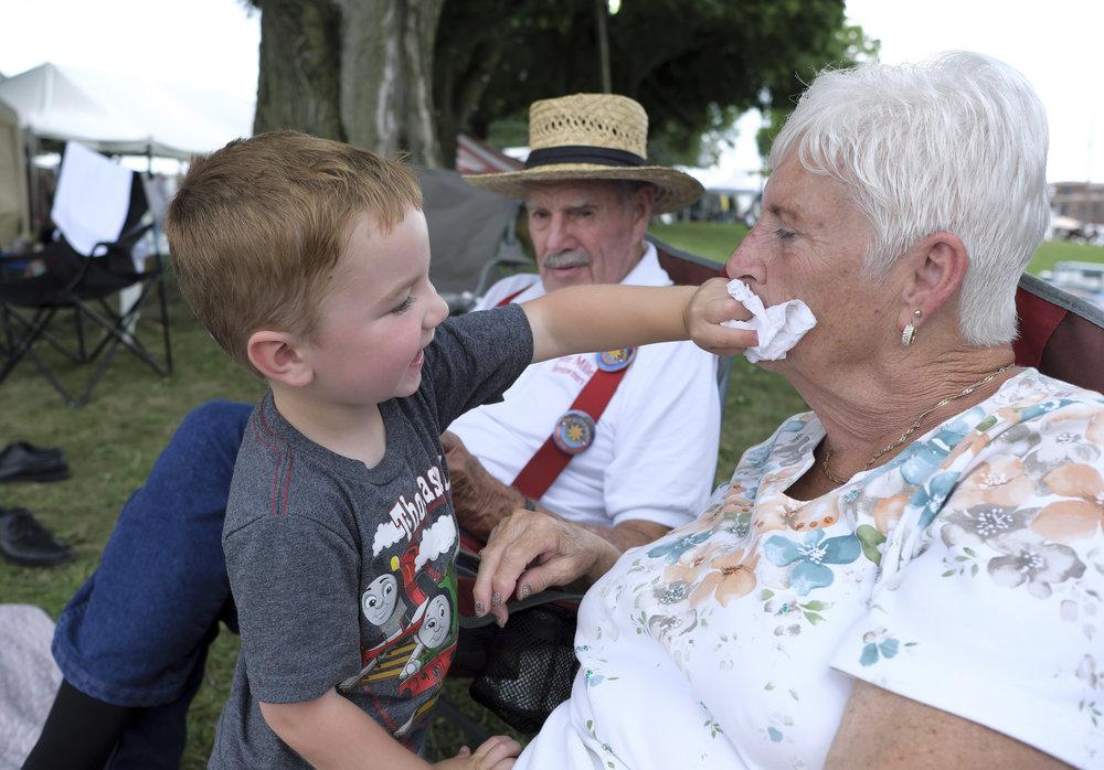 070518 Miller Family Hoedown at Folk Fest a304.JPG