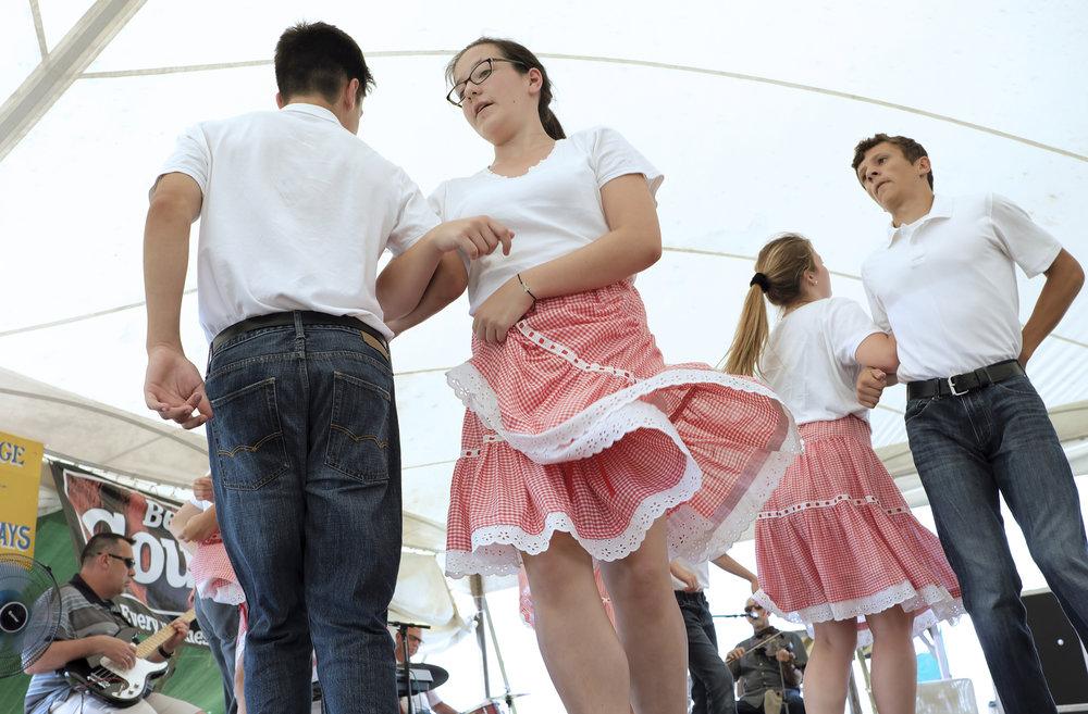 070518 Miller Family Hoedown at Folk Fest a581.JPG