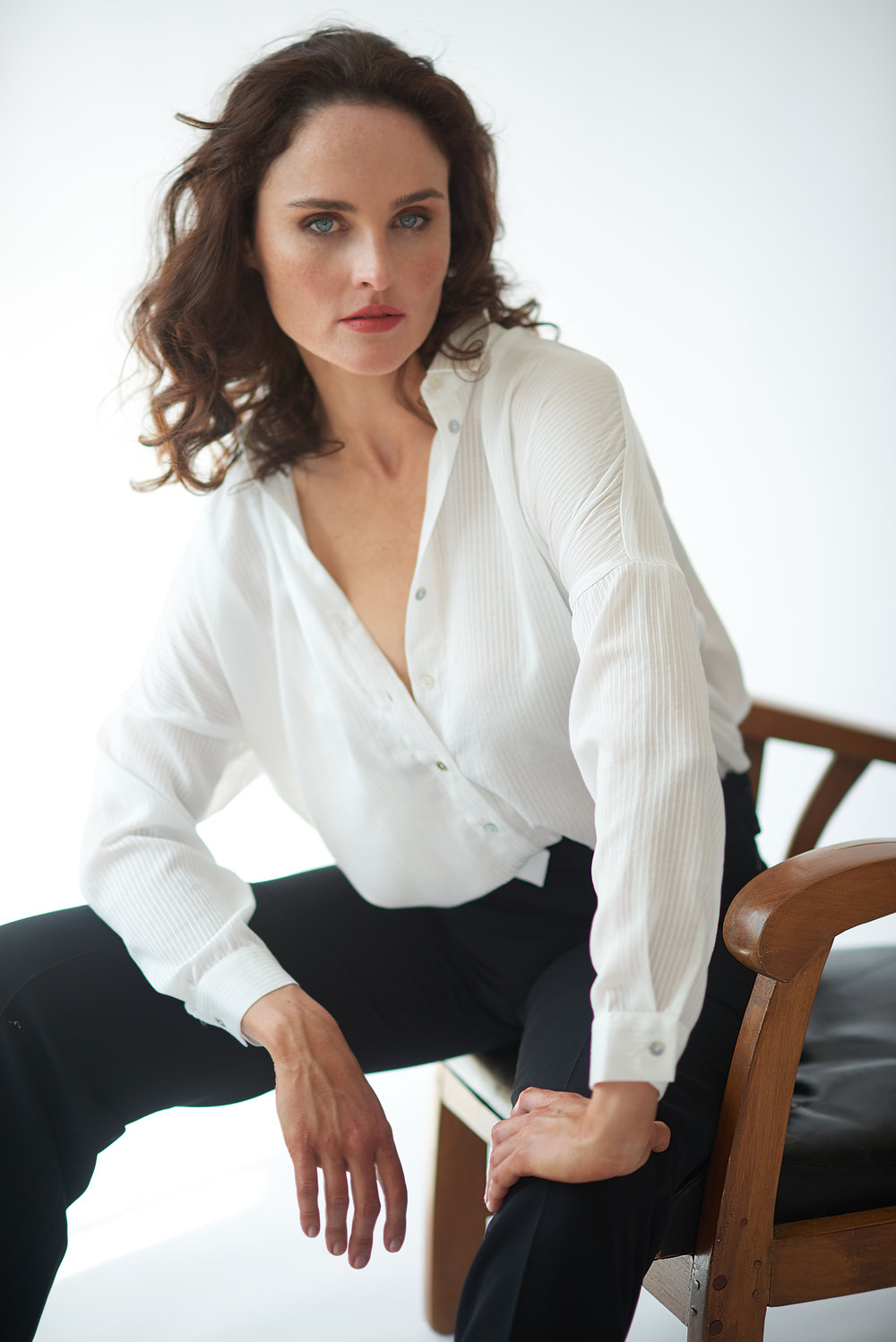 Professional Corporate for a woman with editorial look