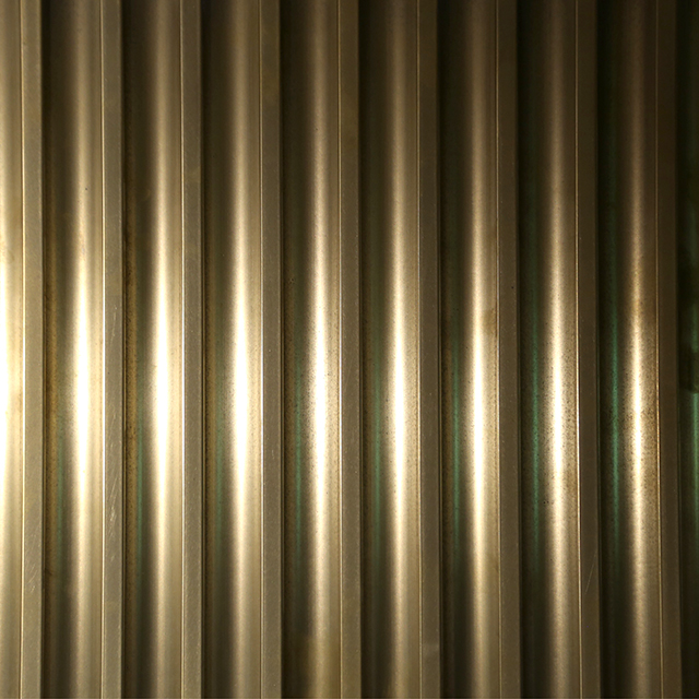 Brass Hicut Tarnish - Fluted