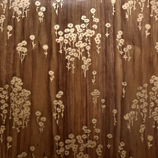 Timber Link | Florence Broadhurst Daisies | Gold Bronze Smooth