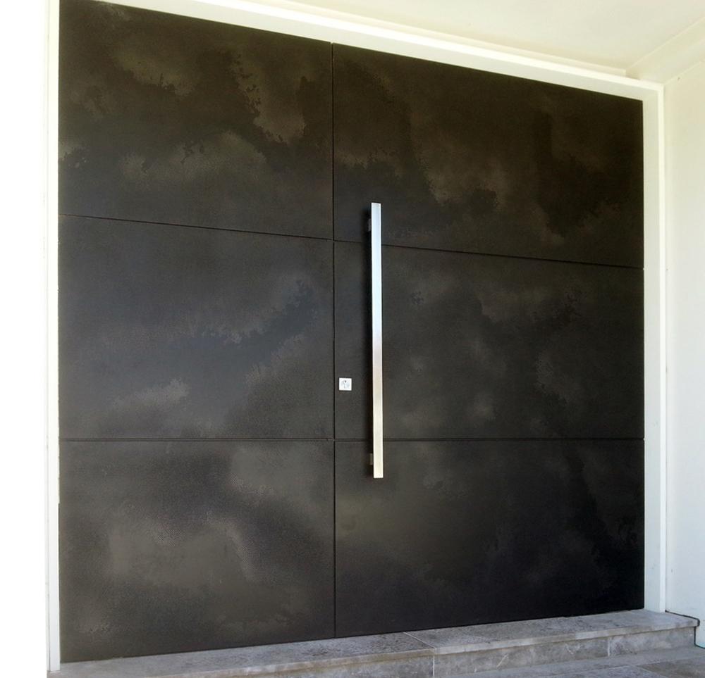 Aluminium & Graphite Viper Door