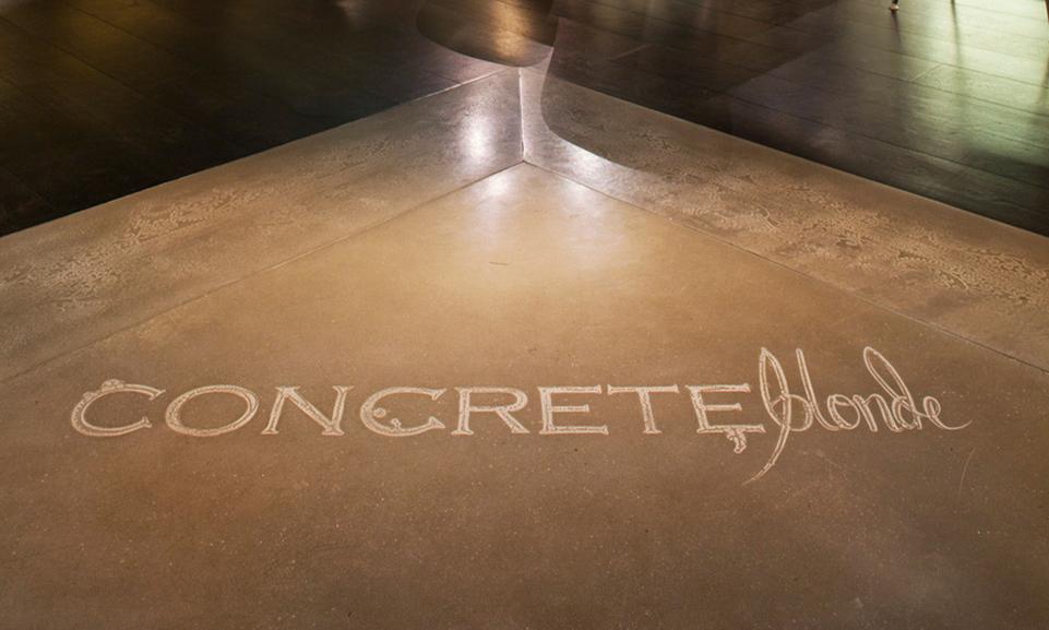 Shale_Lunar_ConcreteBlonde_Floor_Sign(2).jpg