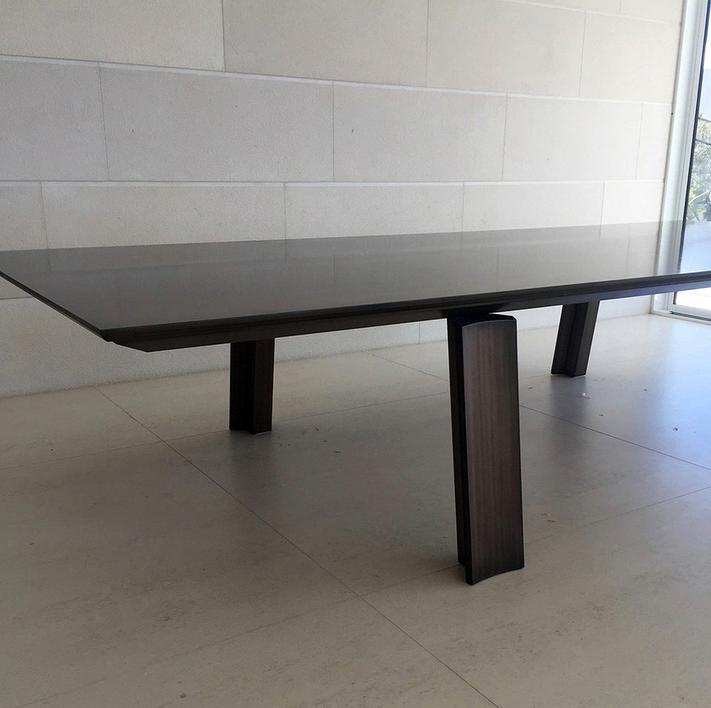 Dining Table | Bronze Smooth Florentine Linish