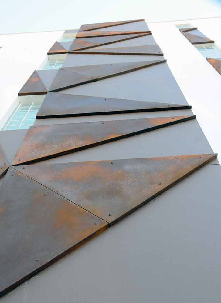 Brown Rust Triangles